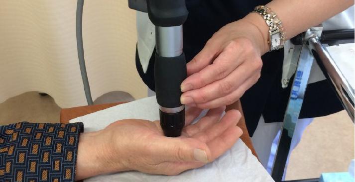 圧力波治療器